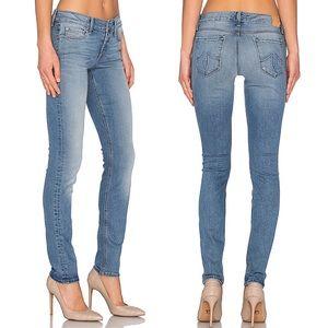 Level 99 • Liza Skinny Jeans in Water